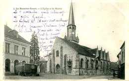 LA BAZOCHE GOUET    =  L'église Et La Mairie   751 - Autres Communes