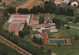 CERIZAY. - Vue Aérienne. Le Complexe Sportf.  CPM Pas Courante - Cerizay