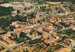 CERIZAY. - Vue Aérienne. Le Centre-ville Et L'Usine HEULIEZ.  CPM - Cerizay