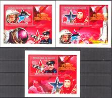 A{169} Guinea 2009 Space Y. Gagarin 3 S/S Deluxe MNH** - Guinea (1958-...)
