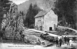 CPA Les Entreportes Par Pontarlier.(Doubs) - Caserne Des Douanes Françaises. Circulée En 1921. Bon état. - Pontarlier