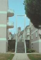 CERIZAY. - L'Eglise Vue Du Jardin Des Voûtes. CPM Rare - Cerizay