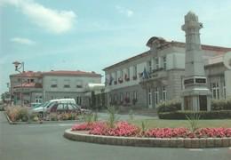 CERIZAY. - La Mairie Et Le Monument Aux Morts. CPM  Pas Courante - Cerizay