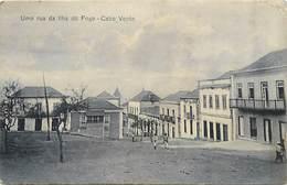 Pays Div -ref T169- Cap Vert - Cap Verde -uma Rua Da Llha Do Fogo -cabo Verde -/ Etat :petit Pli Coin Haut Droit - - Capo Verde