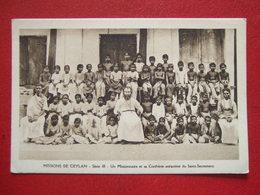 SRI LANKA - MISSION DE CEYLAN - UN MISSIONNAIRE ET SA CONFRERIE ENFANTINE DU SAINT SACREMENT - - Sri Lanka (Ceylon)