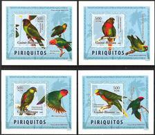 A{238} Guinea Bissau 2006 Birds Parrots 4 S/S Imperf. Deluxe MNH** - Guinea-Bissau