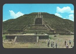 San Juan Teotihuacan - La Imponente Piramide Del Sol - Mexique