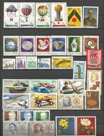 Pologne - Collection De 370 Timbres Oblitérés Tous Différents - Collections (without Album)