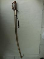 SABRE  D'OFFICIER DE CAVALERIE LEGERE  III éme REPUBLIQUES - Knives/Swords