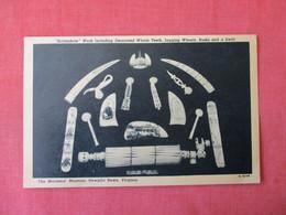 Scrimshaw Decorated Whale Teeth Jagging Wheels Busks & Swift Mariners Museum Va.    -ref 3369 - Craft