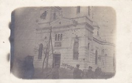 AK Foto Sârbii  - Deutsche Soldaten Vor Zerschossener Kirche - 1918 (41209) - Rumänien
