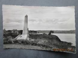 """CP 22 ST SAINT CAST LE GUILDO Monument Aux 51 Victimes De La Frégate Météorologique """"Laplace"""" Mine Magnétique16sept 1950 - Saint-Cast-le-Guildo"""