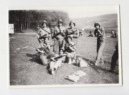 #22908 Vintage Orig Photo Few Lady Woman Pose With Soviet AK-47 Guns - Personas Anónimos