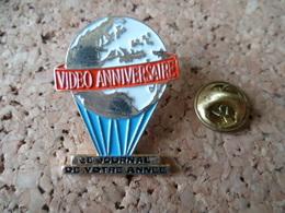 PIN'S  MONTGOLFIERE  VIDEO ANNIVERSAIRE - Montgolfières