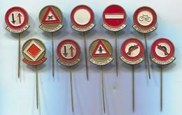 Traffic Road Sign - Verkehrszeichen, Vintage Pin, Badge, Abzeichen, 10 Pcs - Badges