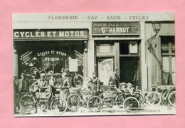 PHOTOGRAPHIE / PHOTO : DUNKERQUE  - COMMERCE DE CYCLES ET MOTOS GRIFFON  - PLOMBERIE HANNOY ( COLLECTION  WULLES ) - Reproductions