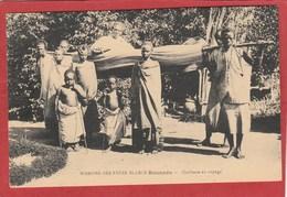 CPA: Rwanda - Missions Des Pères Blancs - Rouanda - Cheffesse En Voyage - Rwanda