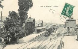 CPA 60 NOYON UN TRAIN ET LA GARE ET CHEMIN DE FER N°0193 EDIT.COMPIEGNE 1914 VOIR IMAGES - Noyon