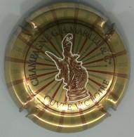 CJ-CAPSULE-CHAMPAGNE MARTEL GH N°24ac Cuvée Victoire Or Statue Bordée De Blanc - Martel GH