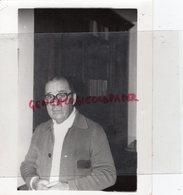 87- SAINT LEONARD DE NOBLAT- ANDRE SALESSE LAVERGNE L' AUDIO VISUEL DANS LE MONDE- RARE PHOTO ORIGINALE - Persone Identificate