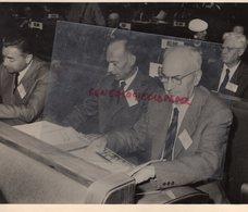 SUISSE 2 E CONFERENCE INTERNATIONALE UTILISATION PACIFIQUE ENERGIE ATOMIQUE 1958-P. COUURE CEA--P. TARANGER DIRECTEUR - Persone Identificate