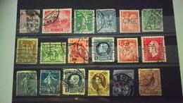P104 PLAQUETTE TIMBRES PERFORES DU MONDE  A TRIER BELLE COTE DÉPART 1€ - Stamps
