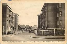 VAL D'OISE  ARGENTEUIL   Rue Du Pas De Calais  CITE Argenteuil   DUMAS  Mercerie , Papeterie - Argenteuil