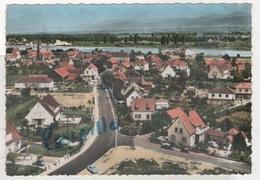 68 HAUT RHIN - CP COLORISEE EN AVION AU DESSUS DE CHALAMPE - LA VUE GENERALE VERS LE RHIN - EDITION LAPIE N° 6.k. - 1965 - Chalampé