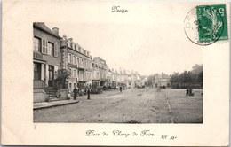 58 DECIZE - Place Du Champ De Foire, Vue D'ensemble - Decize
