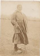 Jeune Vachère - Camp Du Ruchard - 1915 - Photo Format 6 X 9 Cm - Personnes Anonymes