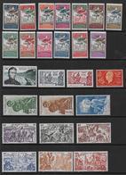 WALLIS ET FUTUNA - 26 Timbres *  En Séries Complètes -  Cote : 45 € - Wallis-Et-Futuna