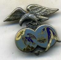 Insigne Base école 701,SALON___drago - Armée De L'air