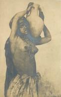 CPA THEMES NUS AFRIQUE GOURDAULT ARABE FEMME SEINS NUS A LA CRUCHE CARTE PHOTO  VOIR IMAGES - Other