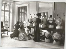 Le Drapage Du Corsage Chez  Worth(   18cm X 13 )  Les Couturieres - Fashion