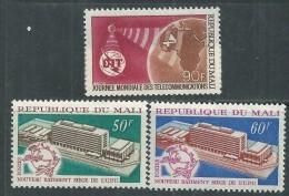 Mali  N° 135 / 37  XX  Les 3 Valeurs Sans Charnière TB - Mali (1959-...)