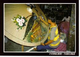 Thailand Thaïlande Chiangmai Peintures Sur Ombrelle Jeune Peintre - Thailand