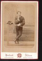 PHT7 Grande Photo Fin 19éme 11x16 Cm ,cavalier, école De Saumur, Son Bicorne Et Sa Cravache; Photo Victor Coué - Guerre, Militaire