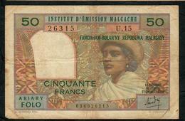 MADAGASCAR P61 50 FRANCS 10 ARIARY 1969 FINE NO P.h. ! - Madagascar