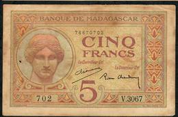 MADAGASCAR P35b 5 FRANCS 1937 AVF 4 P.h. ! - Madagascar