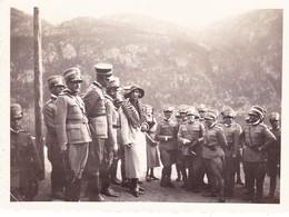 (AN) FOTO  SIGNORA  TRA  UFFICIALI  1^  G.M.    8,5 X 6,3 - Guerra, Militari