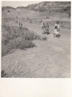 Ethiopia - Native Ethiopians At Road - Ethiopia