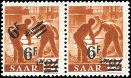 * SAAR. 6Fr. Sur 24p. Brun-orange. Paire Double Surcharge ** Tenant à Normal *. TB.(cote : 650) - Sarre