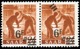 * SAAR. 6Fr. Sur 24p. Brun-orange. Paire Dont 1 Timbre Avec Double Barre. TB.(cote : 0) - Sarre
