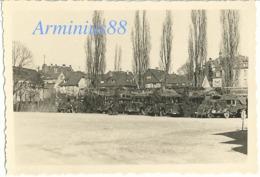 Frühling 1940, In Mayen (Eifel) - Getarnte Lkw - 12. Armee/Armeeoberkommando 12 (AOK 12) - Abteilung IV A - Krieg, Militär