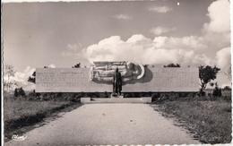 DOMPAIRE-LE MONUMENT ELEVE A LAMEREY A LA MEMOIRE DU GENERAL LECLERC - Dompaire