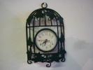 PETITE PENDULE à Quartz MURALE Ou à Poser Sur Meuble ( Voir 2 Photos Et Descriptif ) - Clocks