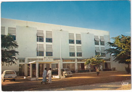 Nouakchott: OPEL REKORD A CARaVAN, VW 1200 KÄFER/COX/BEETLE - L'Hotel 'Marahaba' - (Rep. Islamique De Mauritanie) - Toerisme