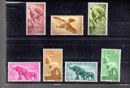 GUINEE ESPAGNOL 381/383 + 384/387** SUR DES PERROQUETS ET DES ELEPHANTS - Guinea Spagnola