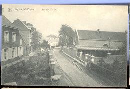 Cpa Leeuw St Pierre   Cure - Belgique
