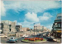 Curepipe: HILLMAN HUSKY, VW 1200 KÄFER/COX, VAUXHALL CRESTA '57 - Carrefour De Curepipe - (Ile Maurice - Mauritius) - Toerisme
